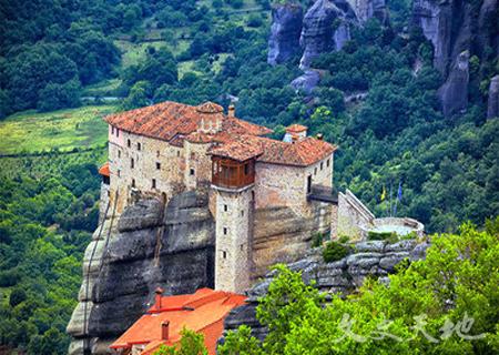 迈泰奥拉,建在悬崖上的修道院